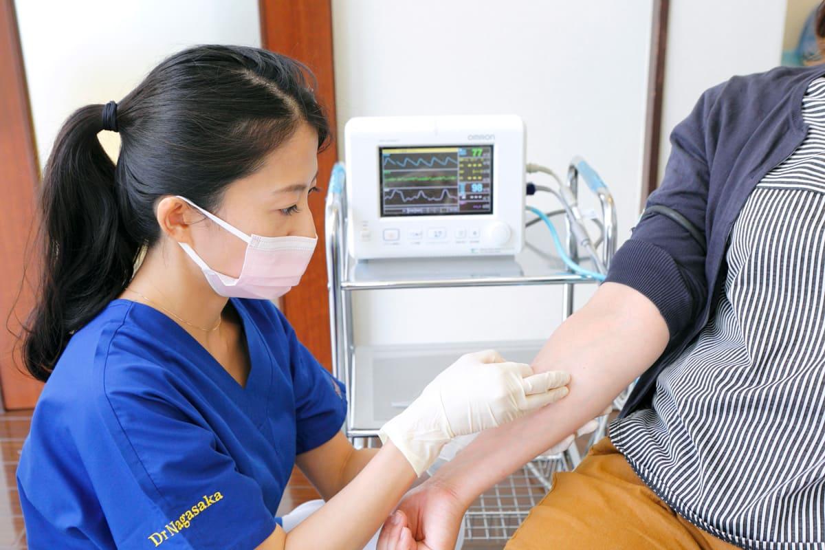 江東区東雲、豊洲の歯医者のキャナルコート歯科クリニック 静脈内鎮静法の流れ STEP2. 点滴・麻酔の開始